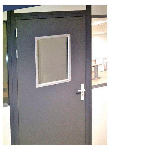 Porte battante pour cloisons d 39 atelier t le d 39 acier ou for Porte atelier acier