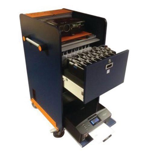Eenvoudig kast voor 10 laptops + printerplank